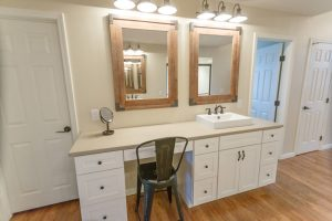 Vanity-with-cabinet-and-lighting